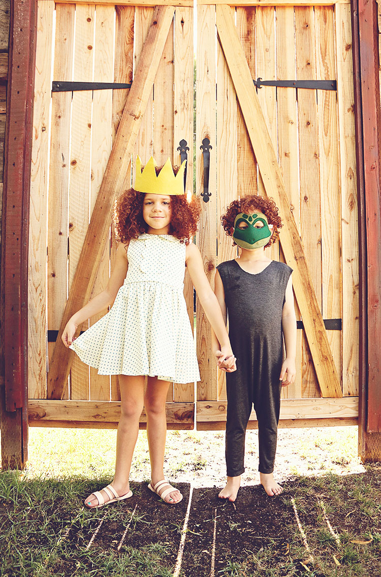 the princess and the frog | opposite of far storybook series | photo: qianak photography | the love designed life