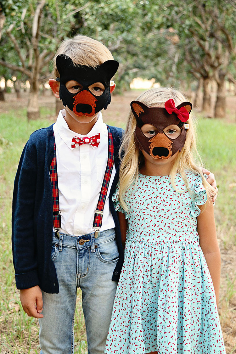 mama and papa bear with opposite of far masks | the love designed life