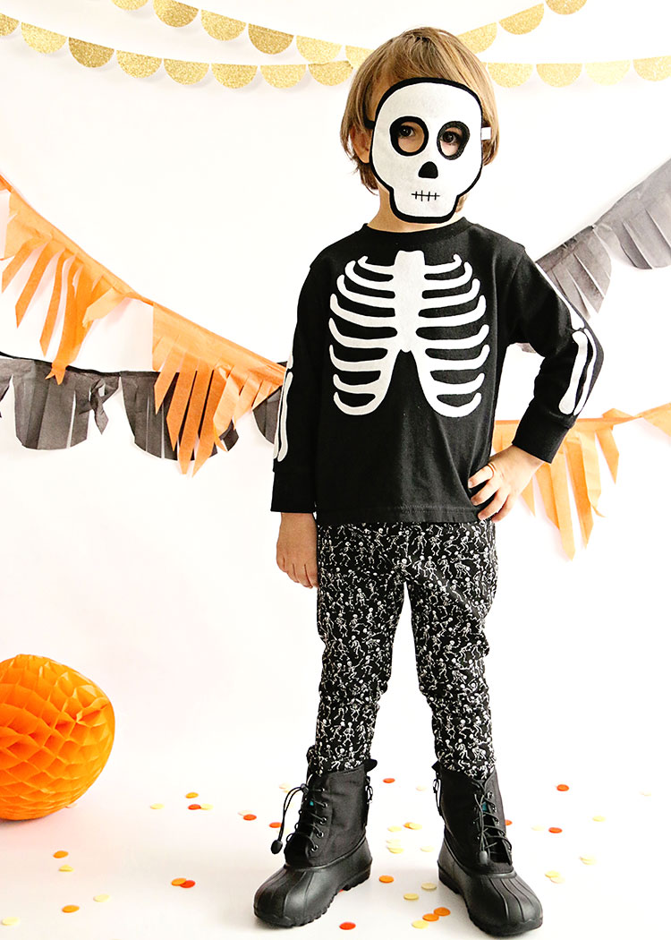 a classic halloween party with opposite of far | the love designed ...