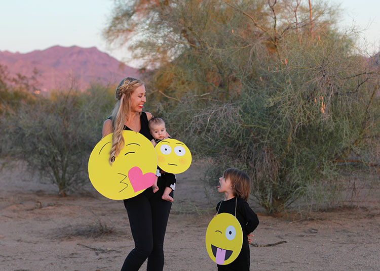 easy diy emoji halloween costumes for the whole family   the love designed life