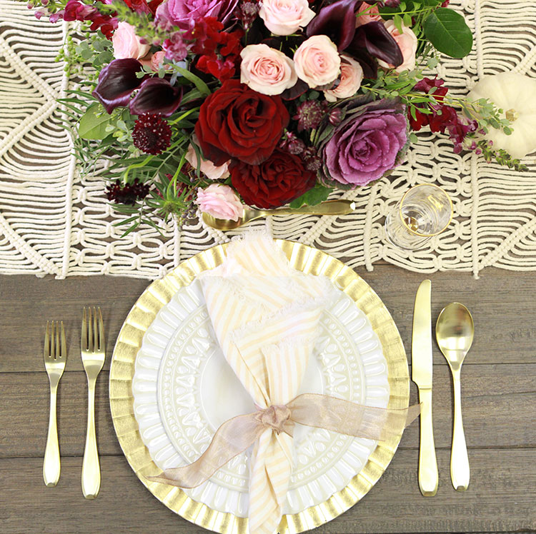 a thanksgiving tablescape | the love designed life