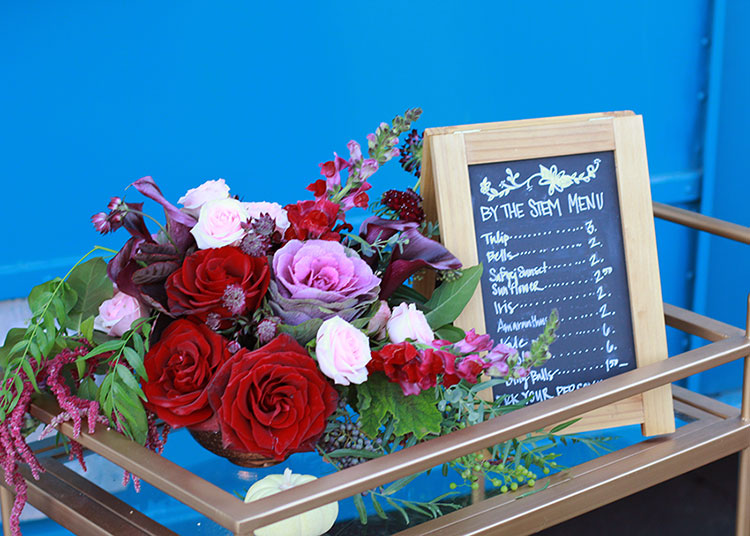 pretty fall florals at the florette's mobile flower boutique | the love designed life
