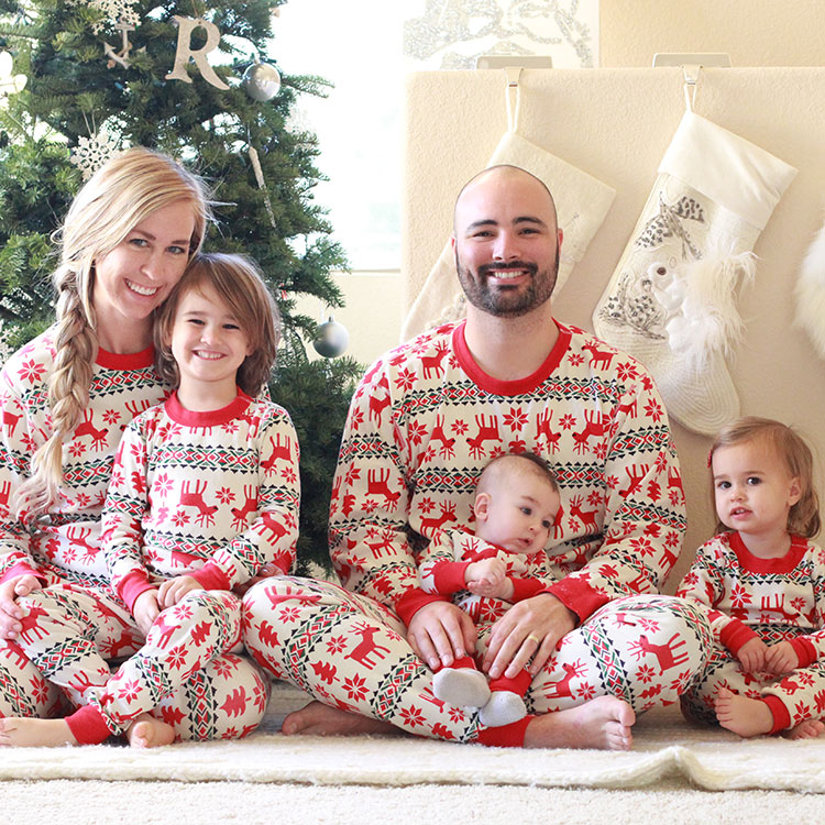 matching family jams | the love designed life