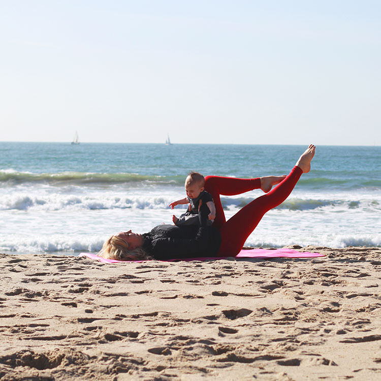 single leg stretch | m and m pilates on the beach | the love designed life