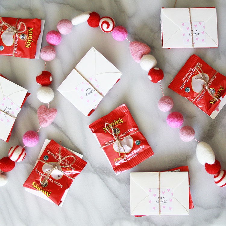 simple customizable valentines from minted | the love designed life