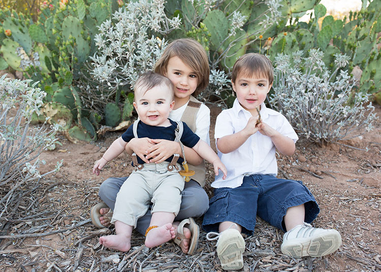 boy cousins for desert family photos // photo by bhansen photography | the love designed life