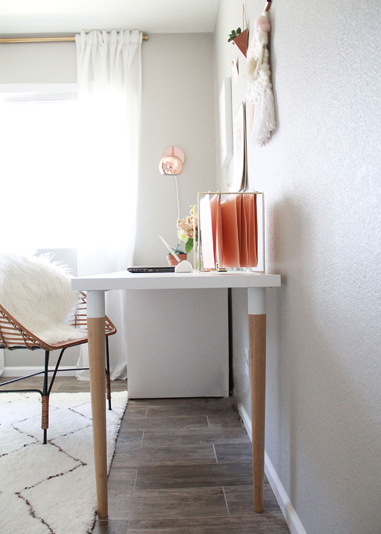 a long desk can seat two people, if needed. | the love designe dlife