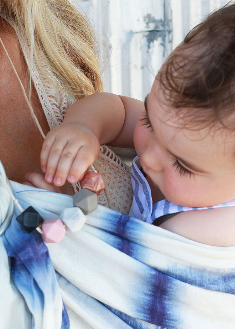 mama and little teething necklace | the love designed life