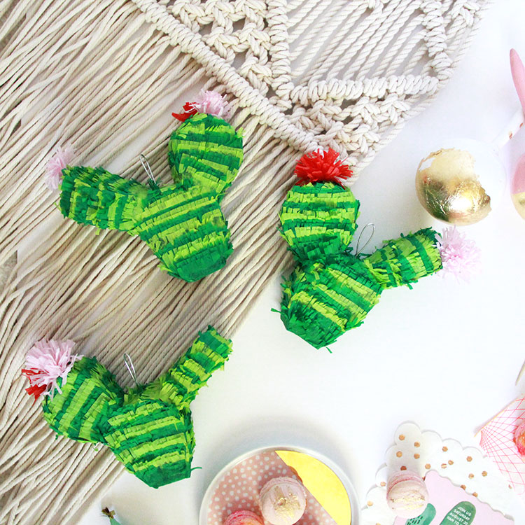 mini succulent piñatas by tini piñatas for the #diegosfirstfiesta | the love designed life