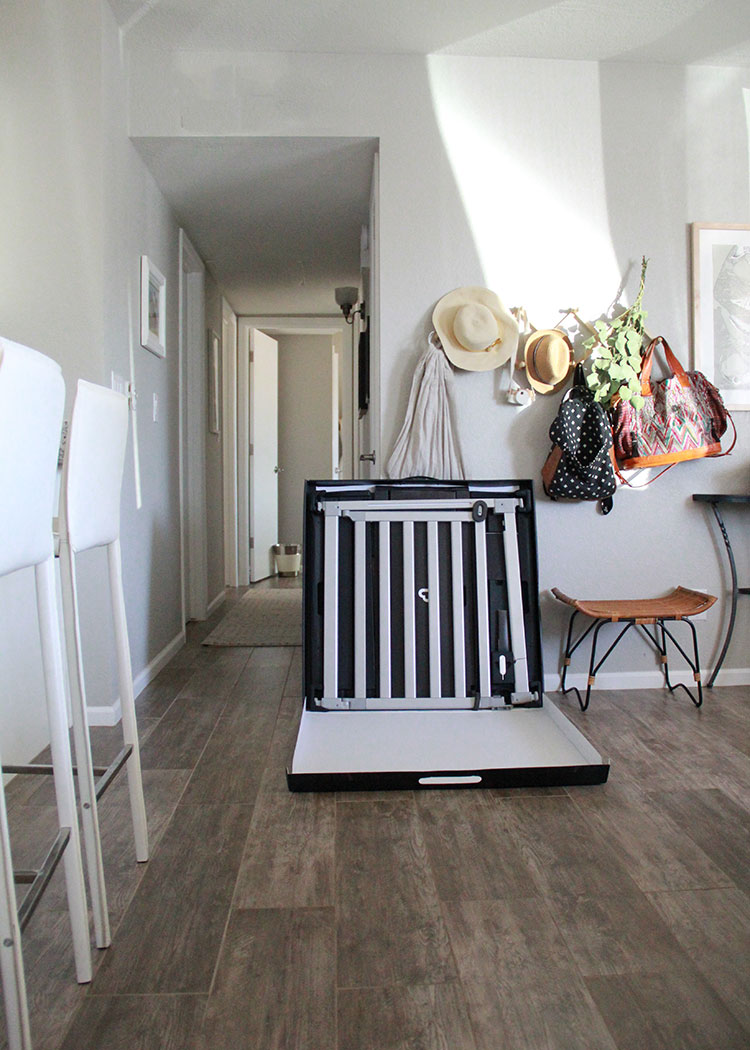 the munchkin luna baby gate came fully assembled in one package | the love designed life