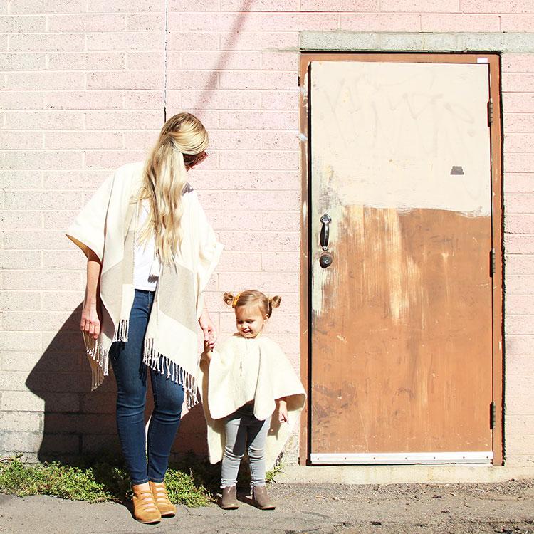 mama + mini poncho style | the love designed ilfe