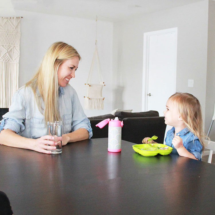 sit down and eat with your toddler! | thelovedesignedlife.com