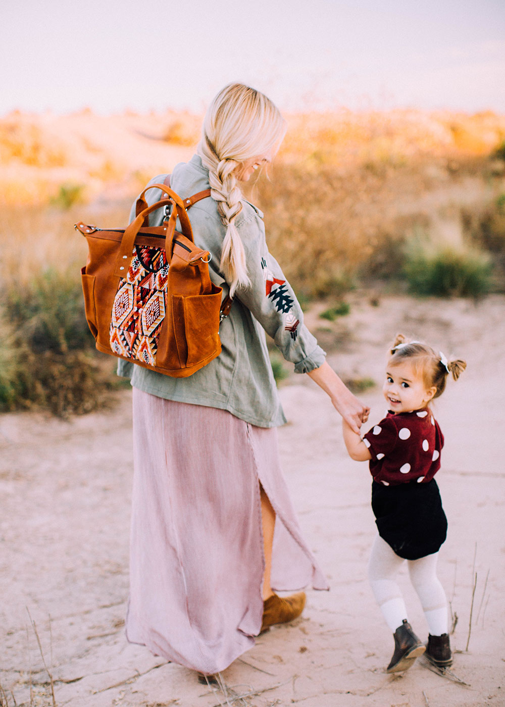 mama and mini desert style   thelovedesignedlife.com