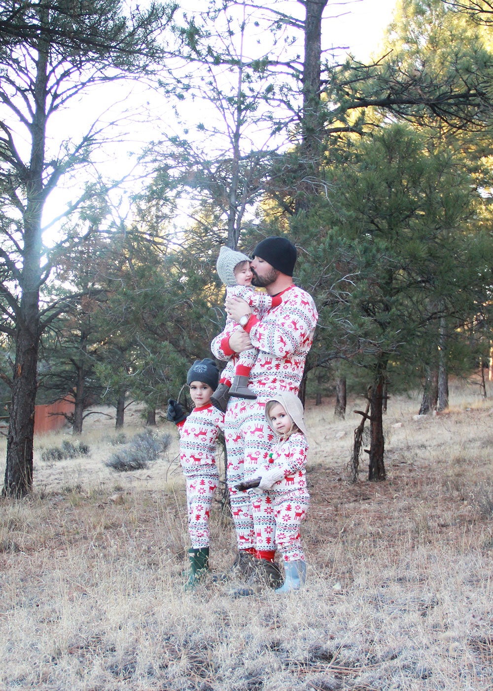 love this mountain man in jammies to match the kiddos | thelovedesignedlife.com