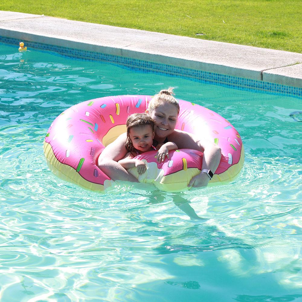 donut pool float? yes please! | thelovedesignedlife.com