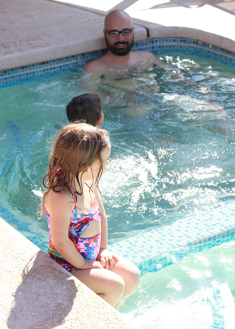swimming in palm springs with the fam! | thelovedesignedlife.com