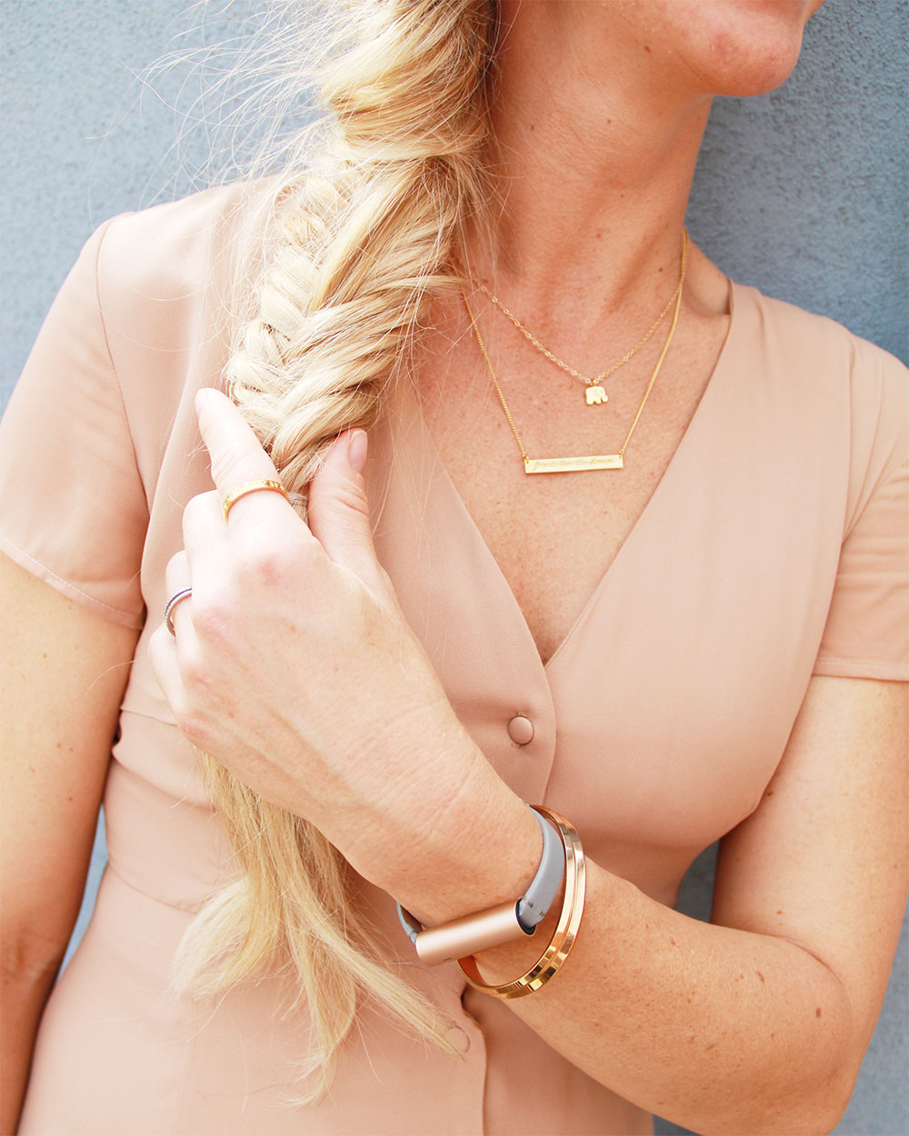 pretty little details. learn more about my rose gold fitness trracker and humanity inspired jewelry on thelovedesignedlife.com