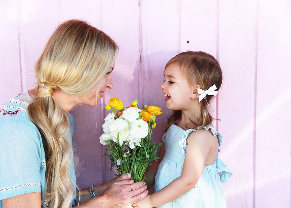 mama + mini looks for spring break on thelovedesignedlife.com #theldllovesflowers #lovestyled