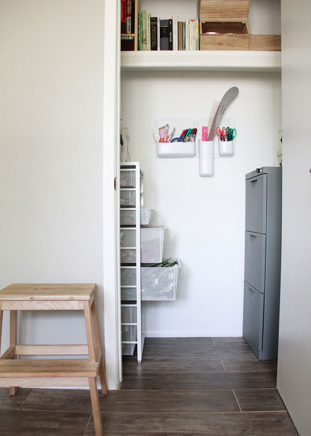 the perfect little storage closet after my spring cleaning! | thelovedesignedlife.com