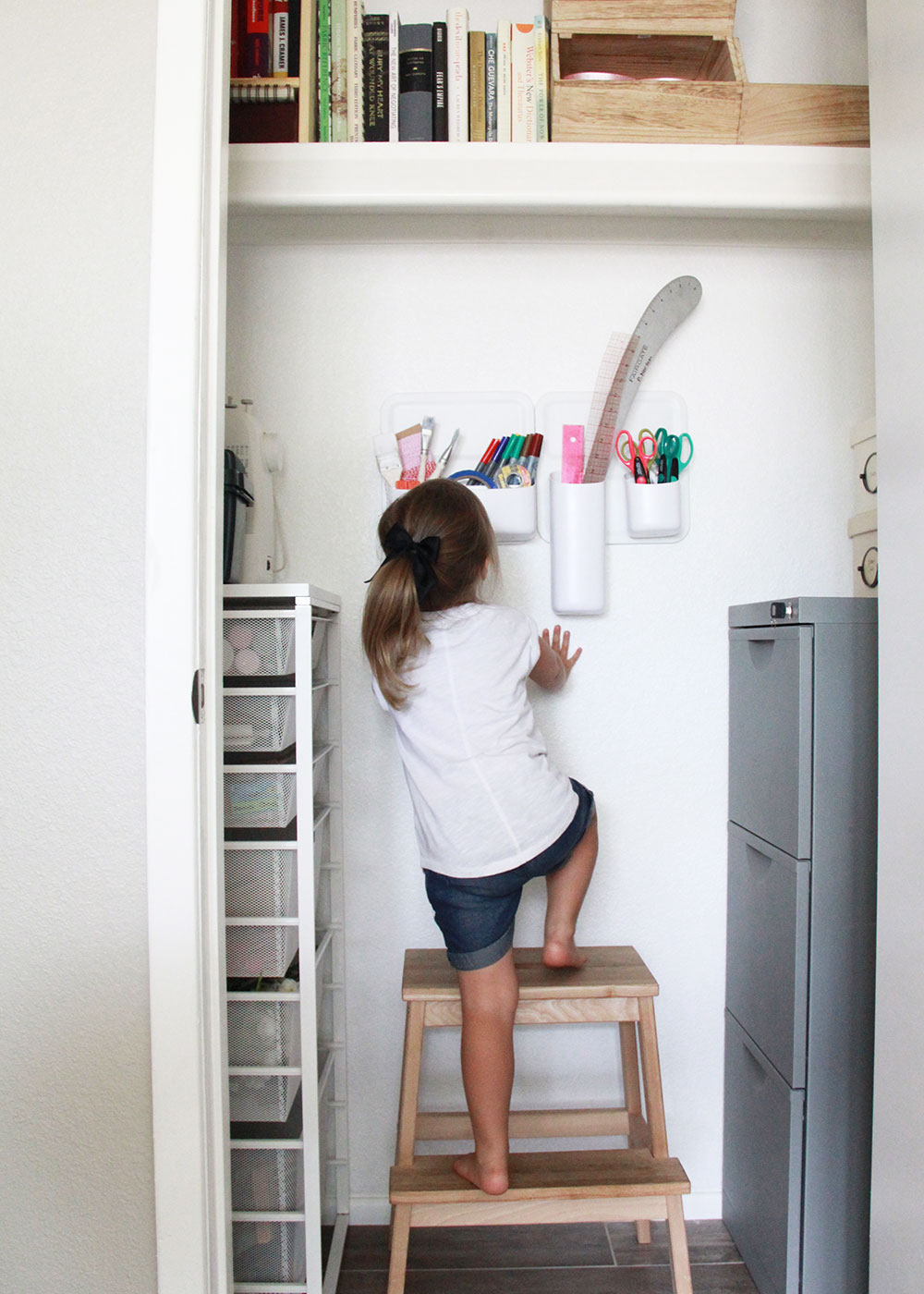 our organized craft closet thanks to spring cleaning! | thelovedesignedlife.com