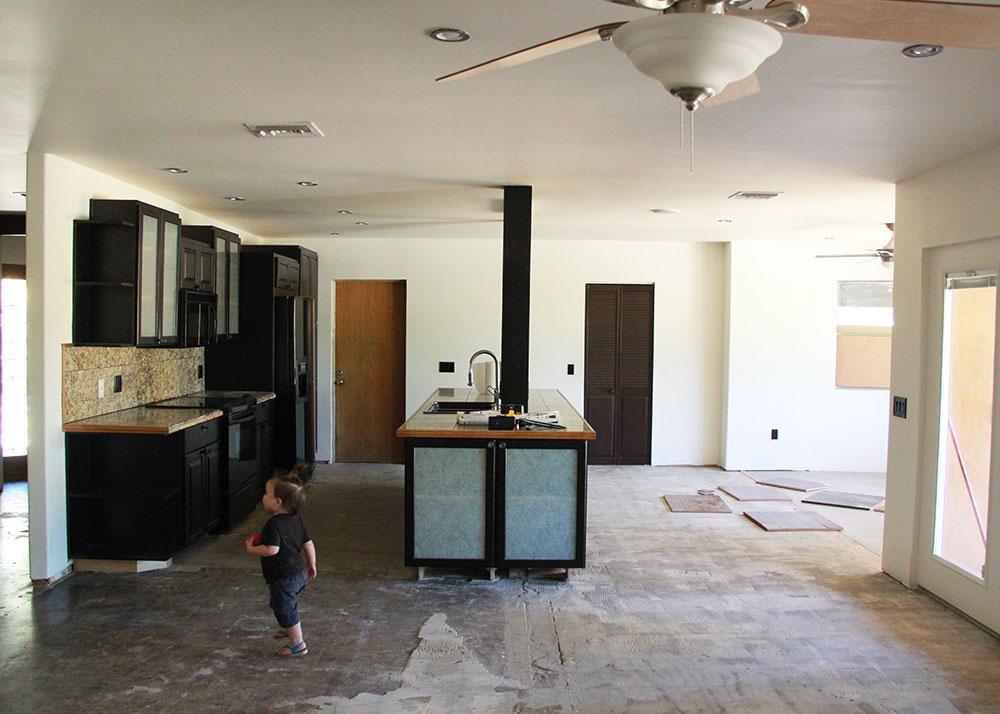 kitchen - before | thelovedesignedlife.com