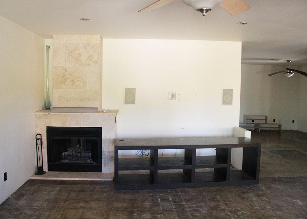 living room - before | thelovedesignedlife.com