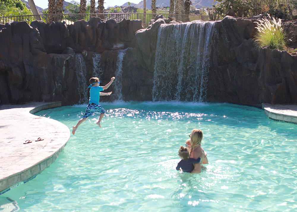fun in the sun at the river ranch water park in phoenix, az | thelovedesignedlife.com