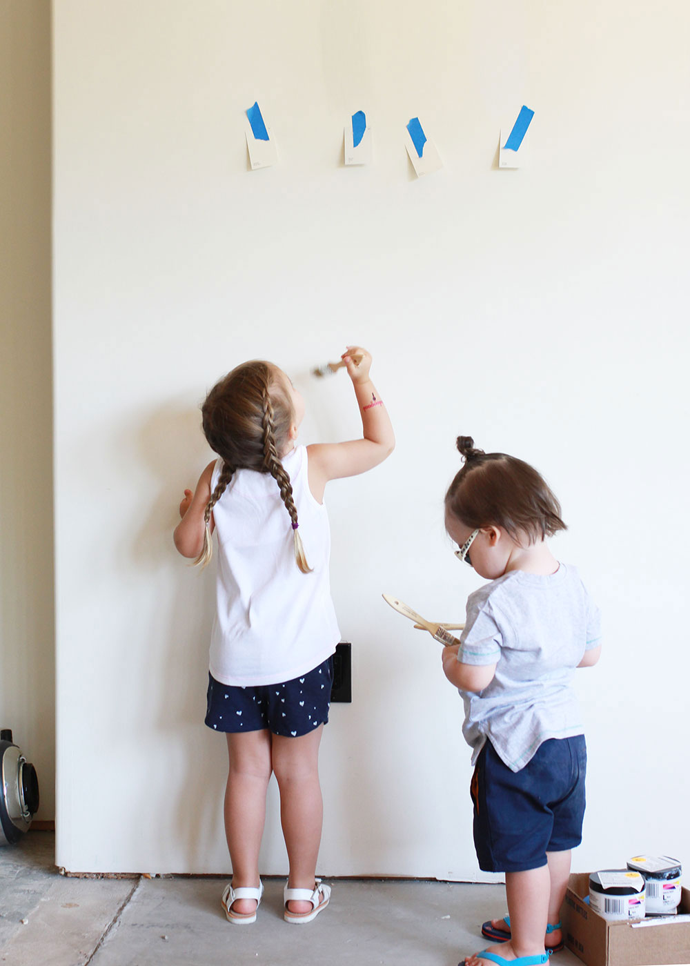 helping mama pick paint colors. | thelovedesginedlife.com