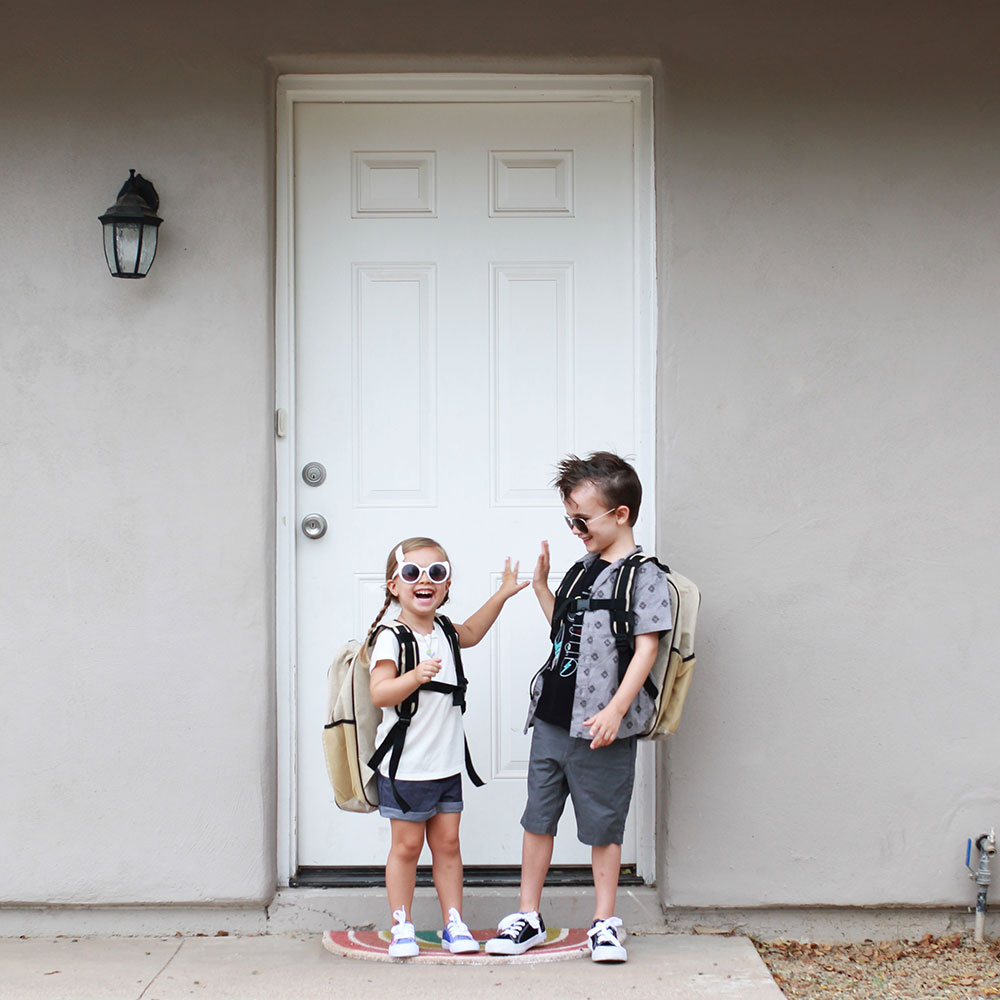 out the front door and ready to go back to school! | thelovedesignedlife.com