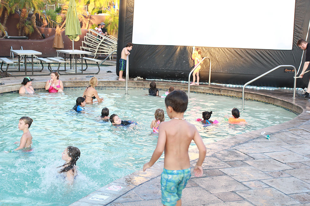 dive in movie night at the pointe hilton squaw peak | thelovedesignedlife.com