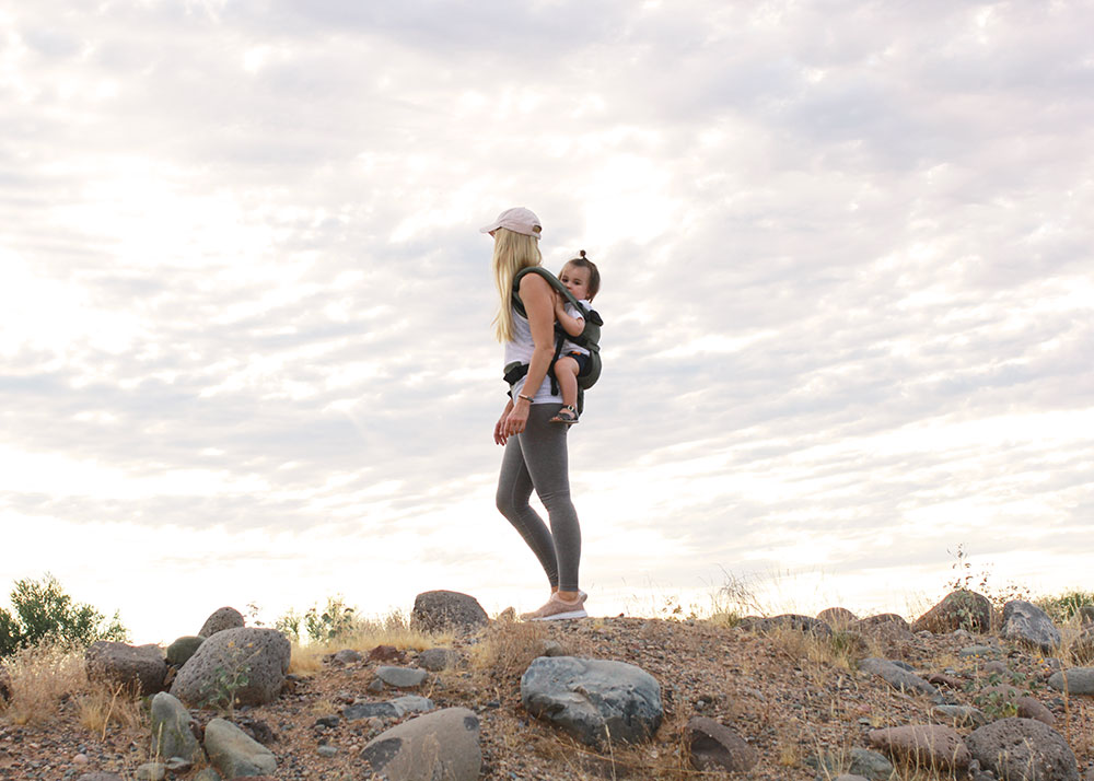 carrying by babe in the new ErgoBaby 360 Omni through the desert | thelovedesignedlife.com