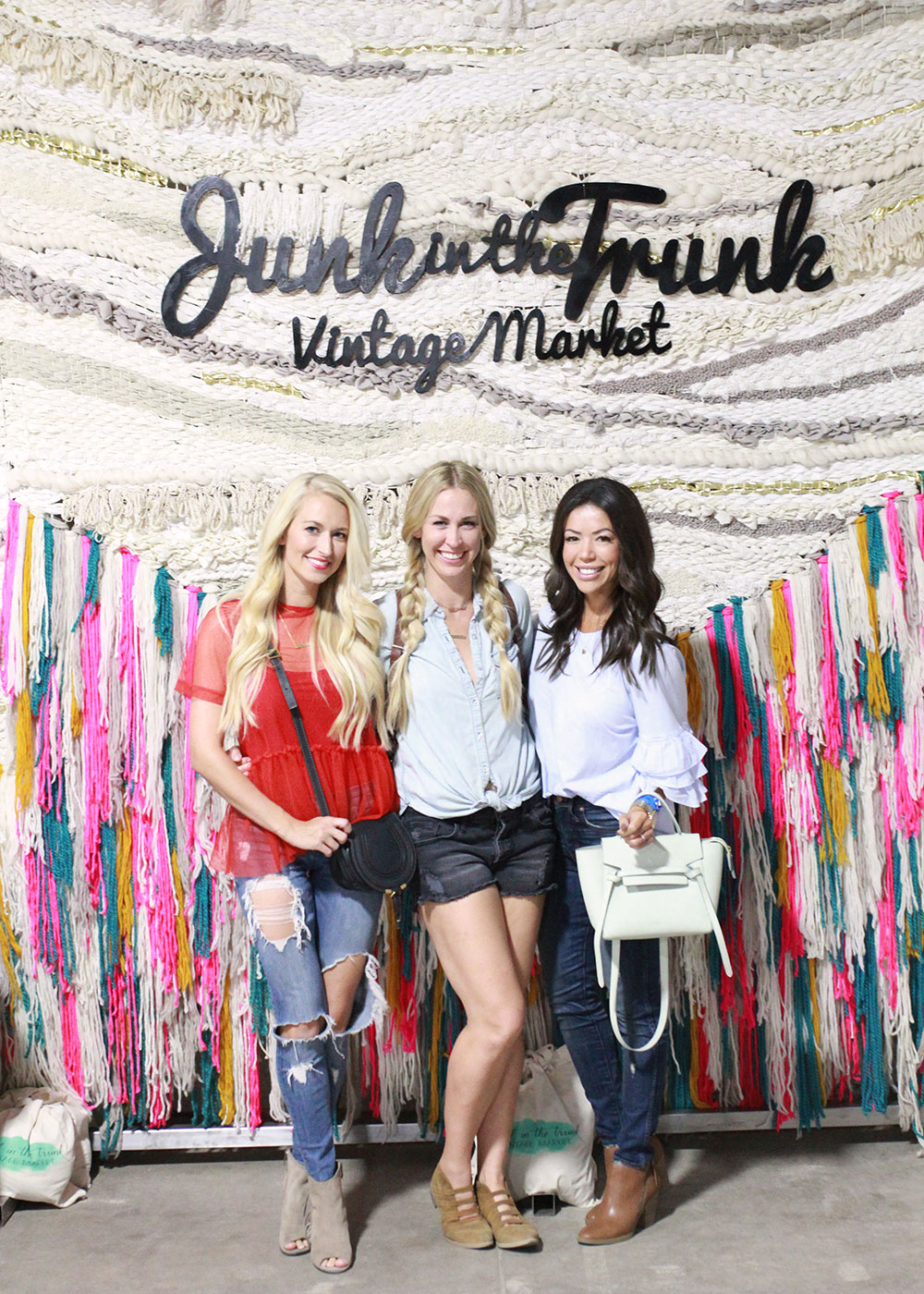 love these girls! such a fun night with junk in the trunk vintage market at the arizona state fair | thelovedesignedlife.com