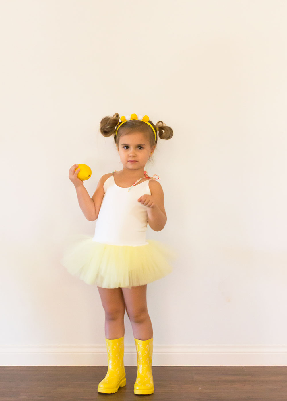 ... this little lemon drop is ready. fun and easy diy halloween costume | thelovedesignedlife.  sc 1 st  The Love Designed Life & halloween diy: raindrops lemondrops + gumdrops | the love designed ...