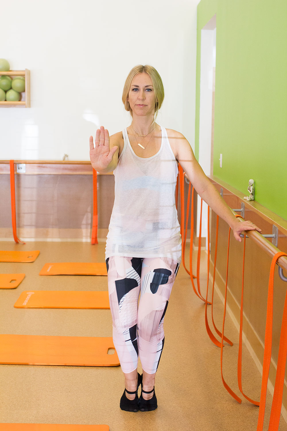 at the barre with the dailey method phoenix | thelovedesignedlife.com