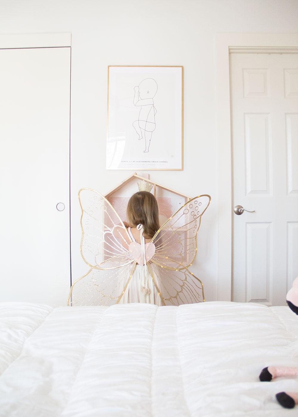 a pretty new big girl room fit for a fairy princess | thelovedesignedlife.com