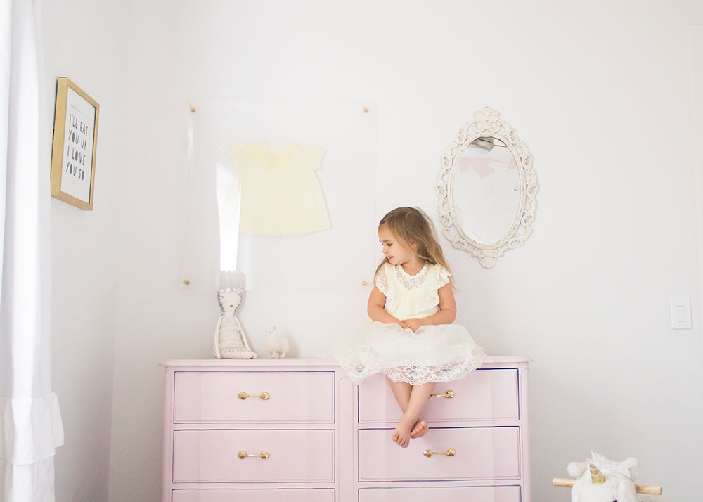 sweet little girls room and this diy french provencial dresser refinish | thelovedesignedlife.com #diy #girlsroom #pinkdresser