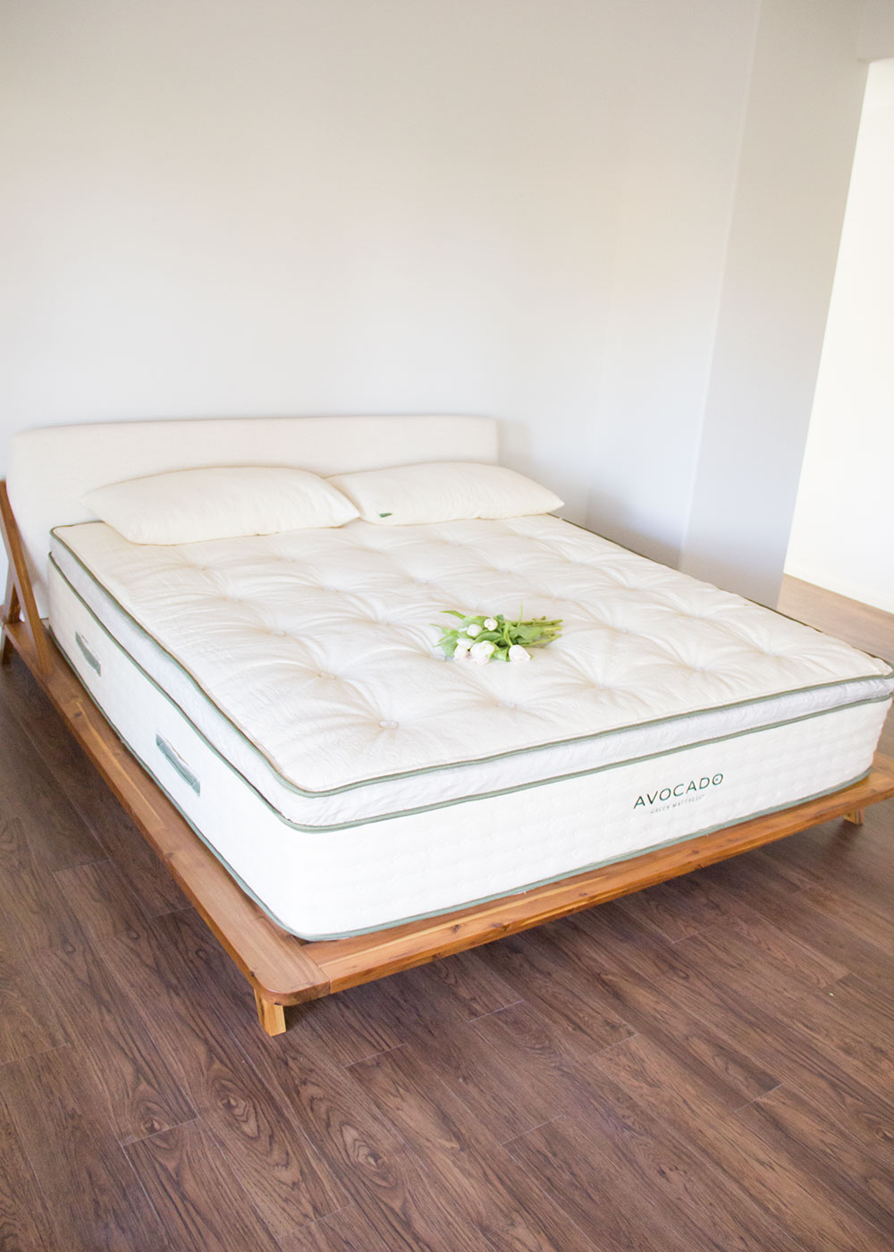 our new avocado green mattress. a full review! | thelovedesignedlife.com #naturalmattress #greenmattress #naturalliving