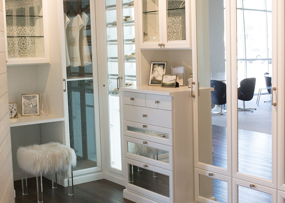 love this master closet idea at the california closets showroom | thelovedesignedlife.com #mariekondoxcaclosets