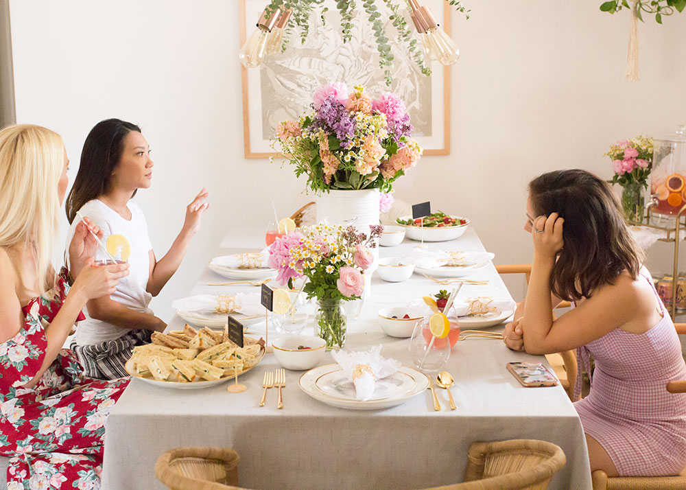 conversations with the best mamas to celebrate mother's day | thelovedesignedlife.com #tablescape #mothersday #community