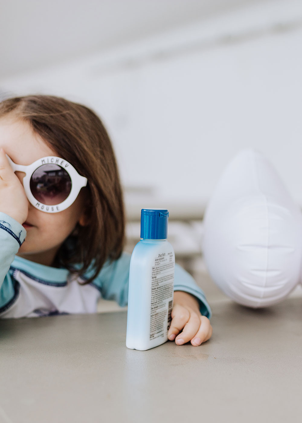Blue Lizard Australian Sunscreen has natural, mineral based, safe skin ingredients!   thelovedesignedlife.com #summertime #sunscreen