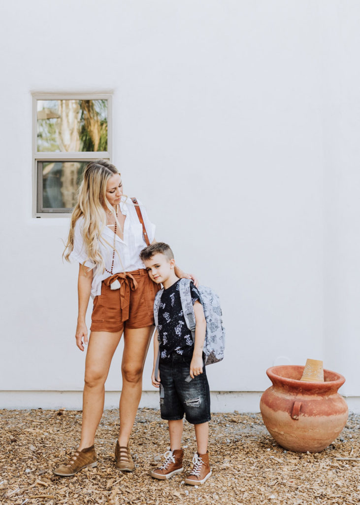 transitioning to fall style when it's still hot out | thelovedesignedlife.com | thelovedesignedlife.com #backtoschool #fallstyle