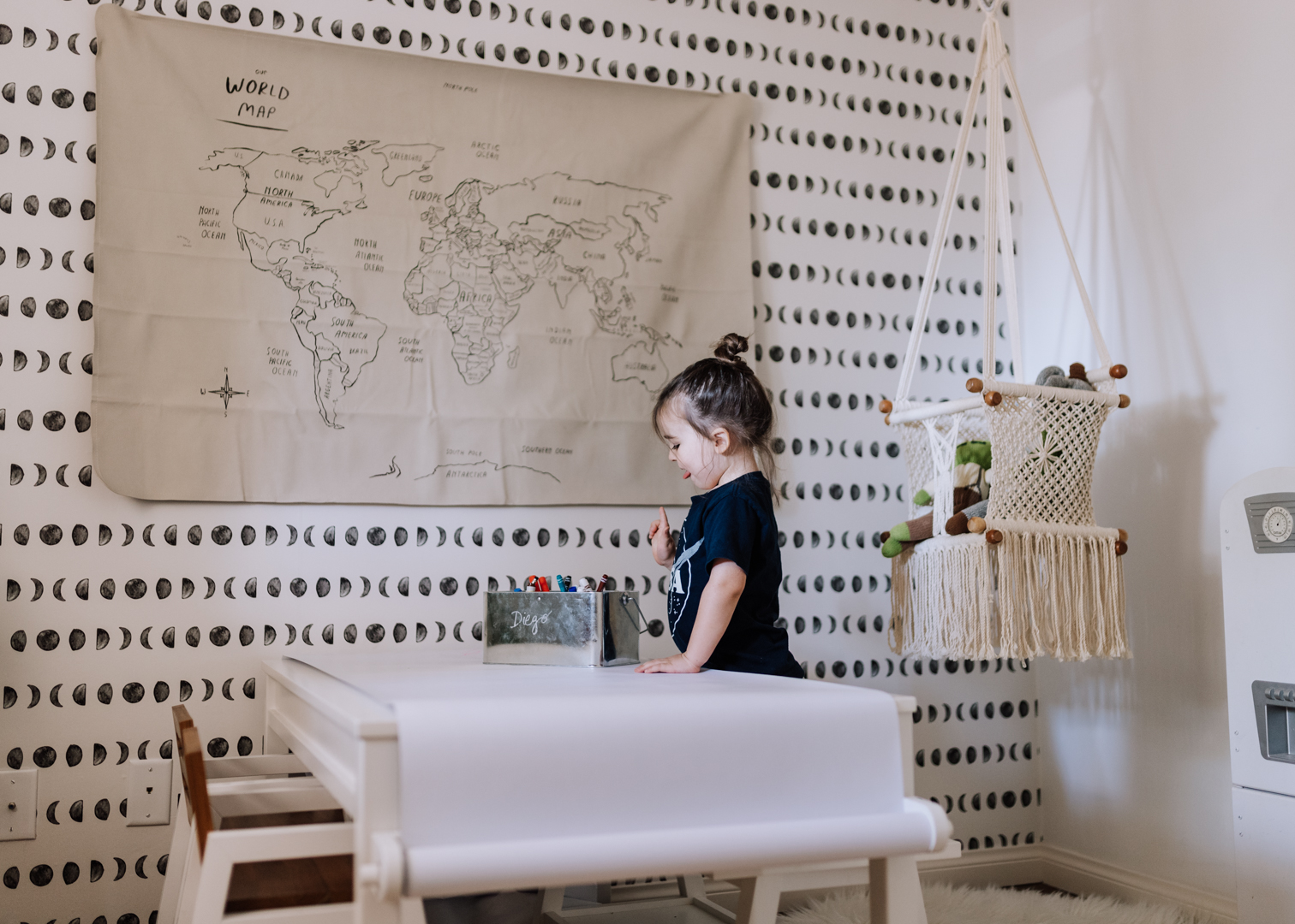 this is the perfect kid's table for all of their arts and crafts | thelovedesignedlife.com #playroom #modern #boho #gathre #worldmap