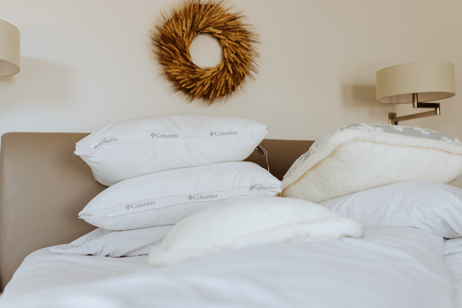 fresh new Columbia pillows for our new guest room | thelovedesignedlife.com #winterbedding #kohlsfinds #pillows