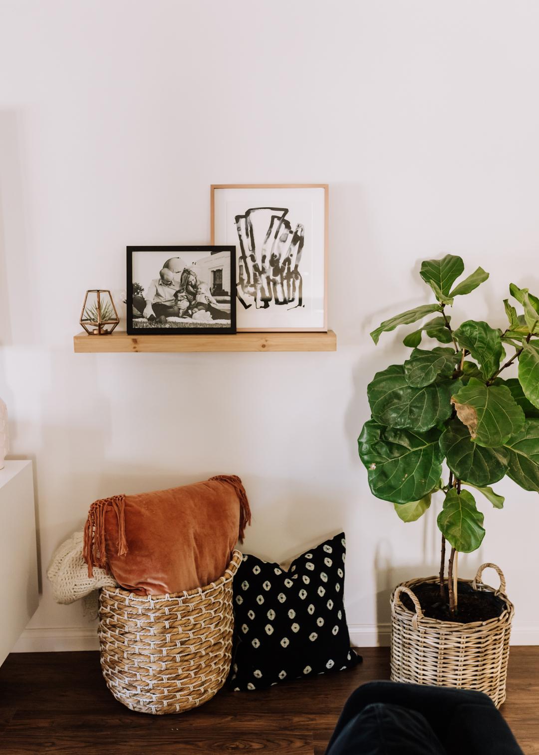 love the art prints at minted | thelovedesignedlife.com #artwork #livingroom #mintedart