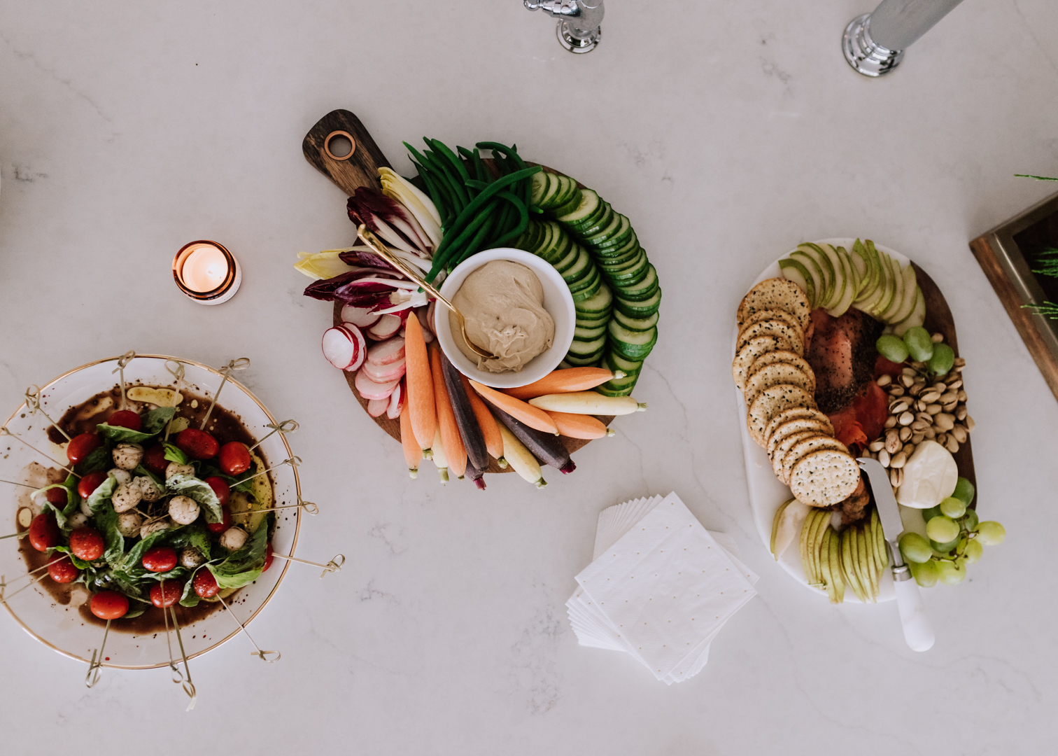 simple, healthy, tasty snacks for a holiday party | thelovedesigneldife.com #holidayparty #appetizers #vegetarian #veggieplate