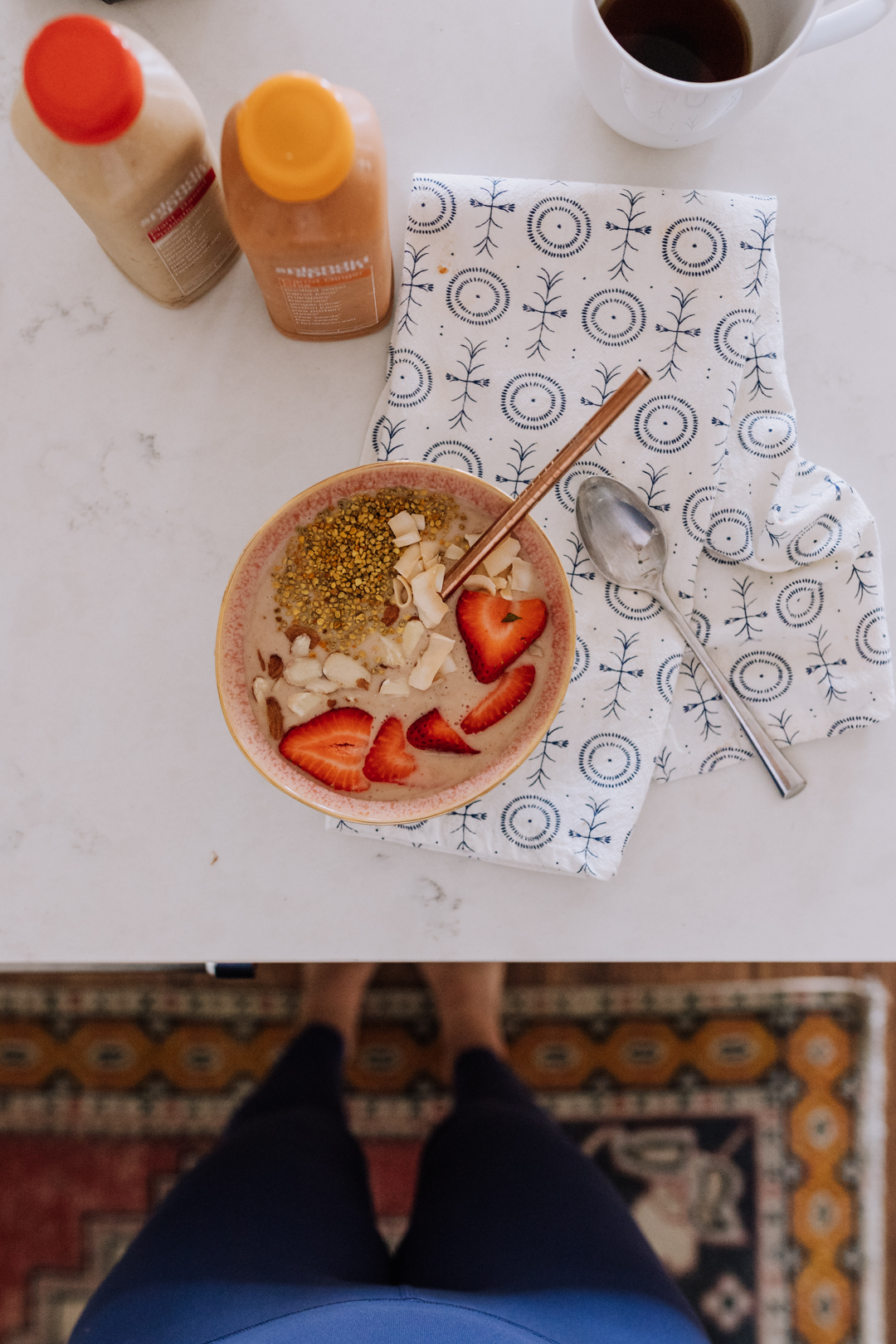 splendid spoon smoothie bowl | thelovedesignedlife.com #breakfast #smoothiebowl #thedailymoments