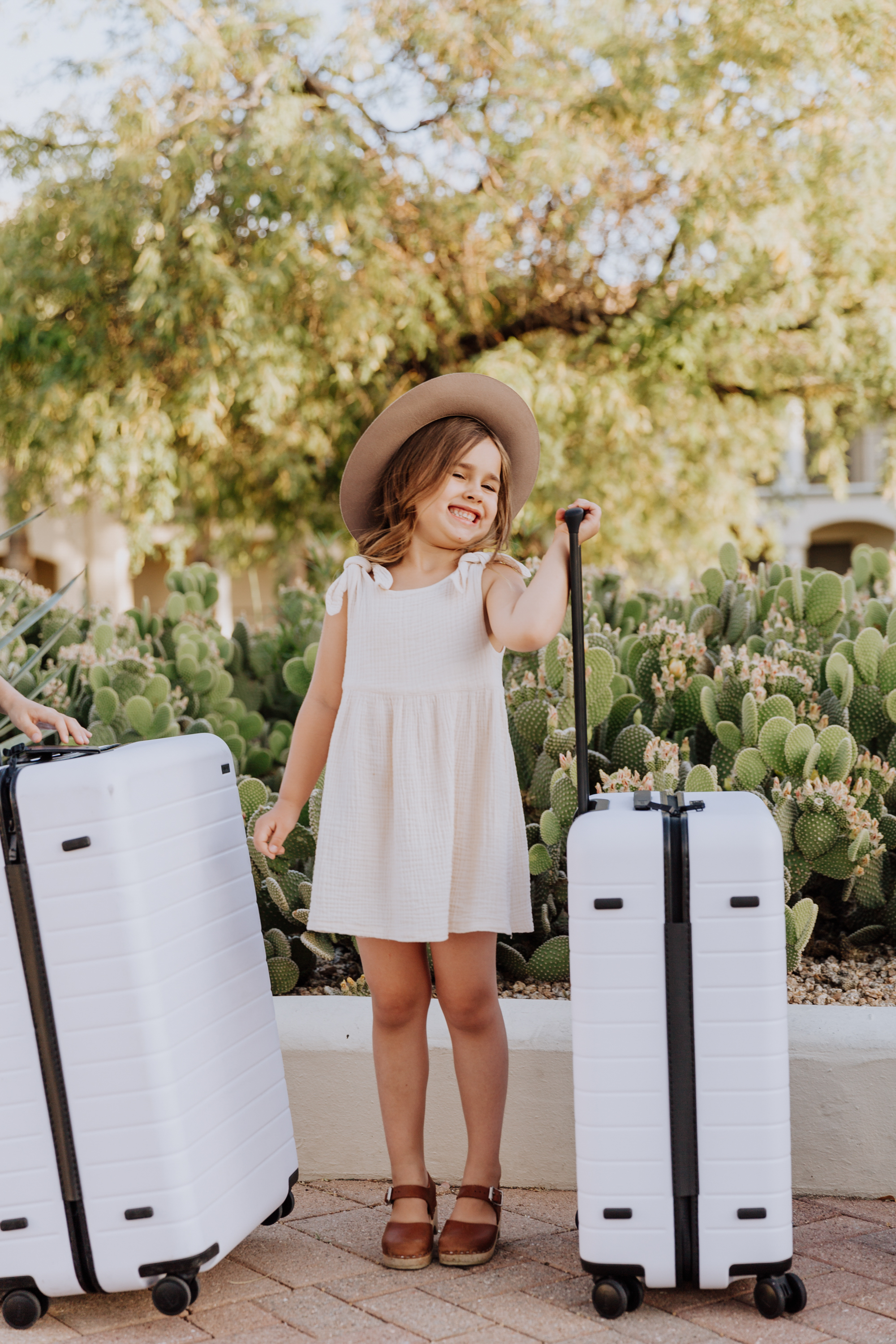 that summertime vacation feeling. bags are packed and ready to go!
