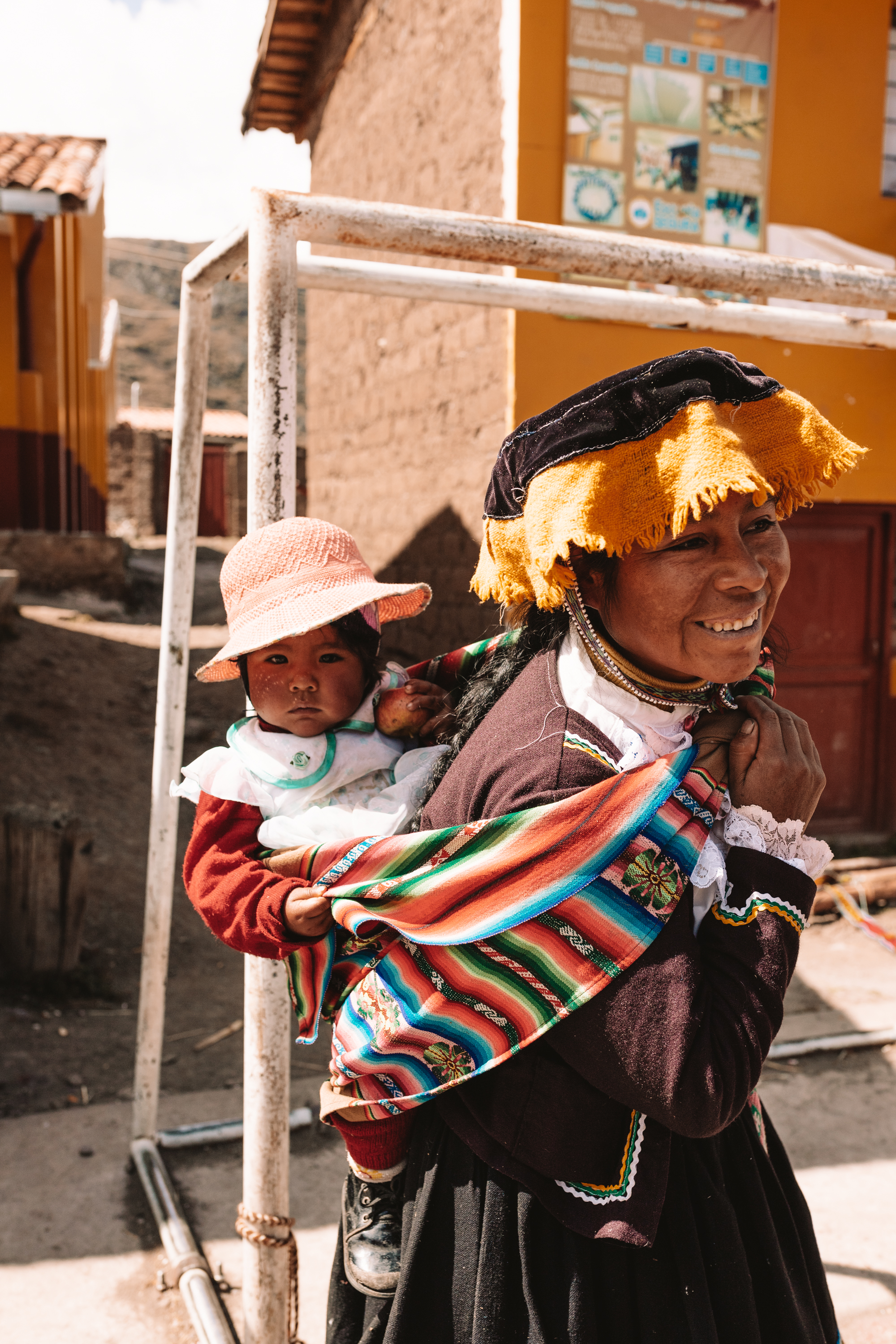 babywearing in peru, the traditional way! #babywearing #peru