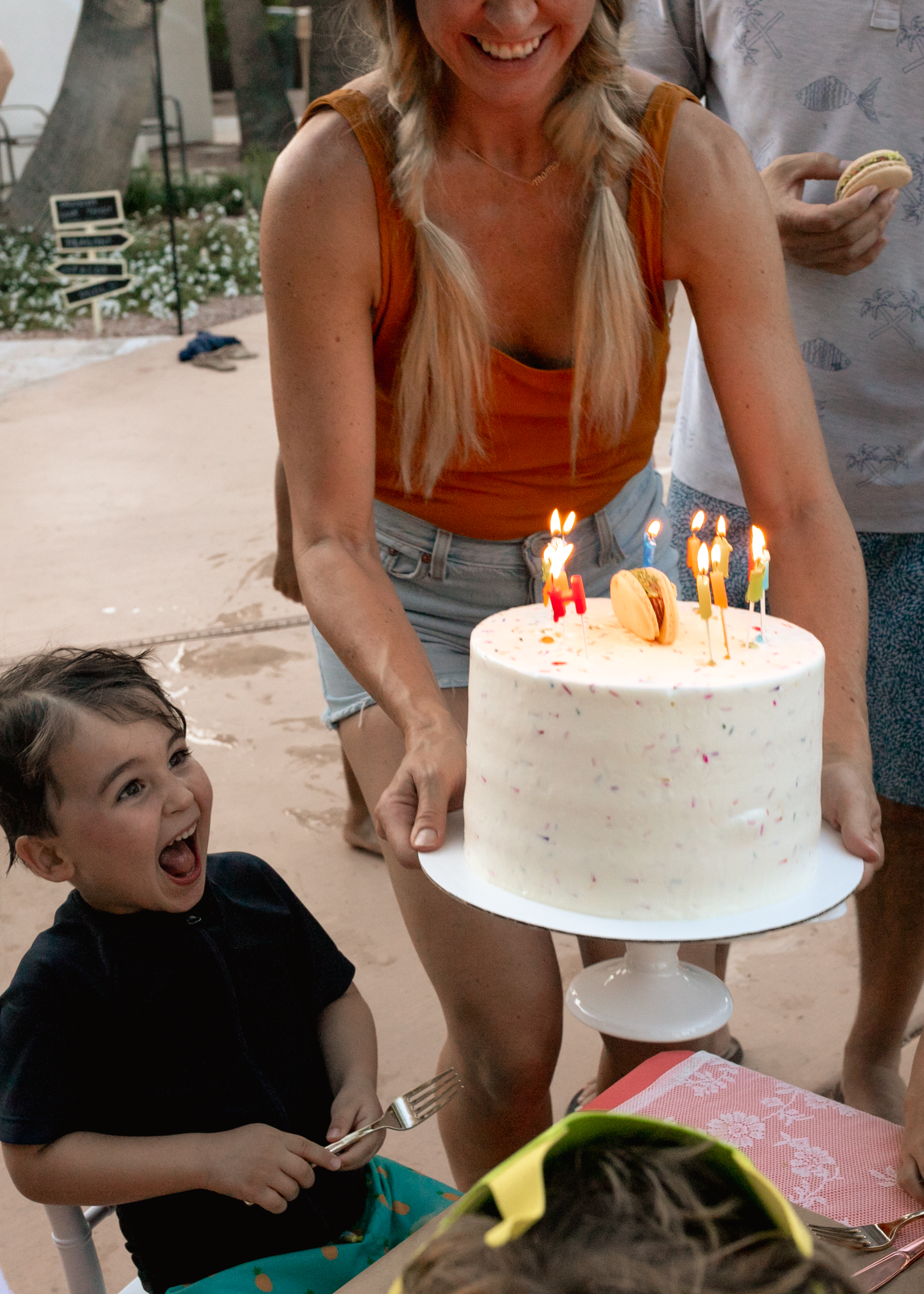 happy fourth birthday! a big confetti cake outside from mom to celebrate. #birthdayparty #cake #tacos