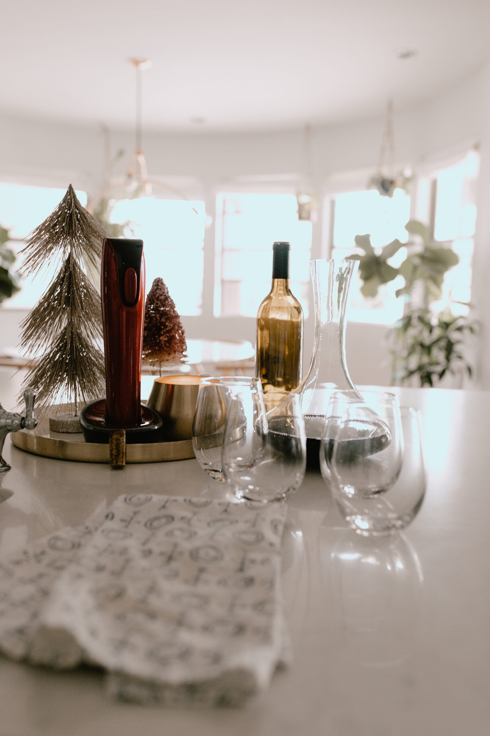 the best gifts for the wine lover #winelovergifts #giftideas #christmastime
